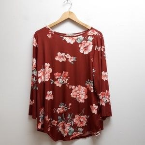 Ultra Teeze Red Floral Top Size 2X